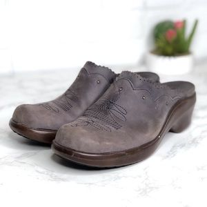 Ariat Gray Leather Mules Clogs Slip on Size 8.5m